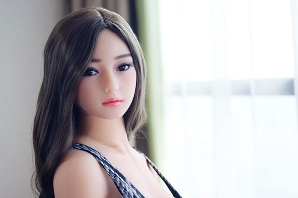 poupée de haute qualité