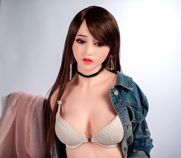 poupée adulte 160cm
